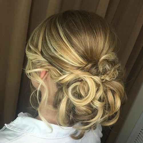 1 low curly bun for long hair