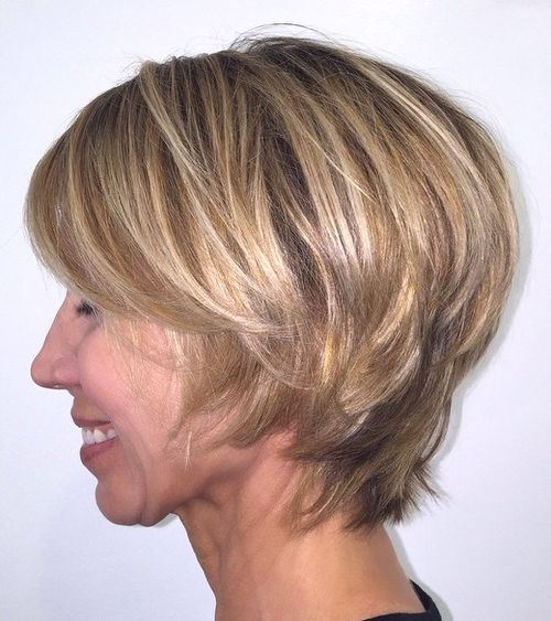 1 short layered hairstyle for mature women