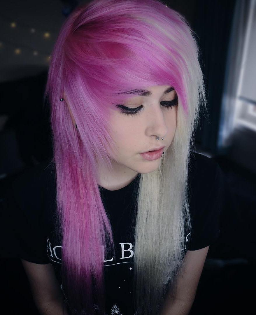 30 Deeply Emotional And Creative Emo Hairstyles For Girls Page 13