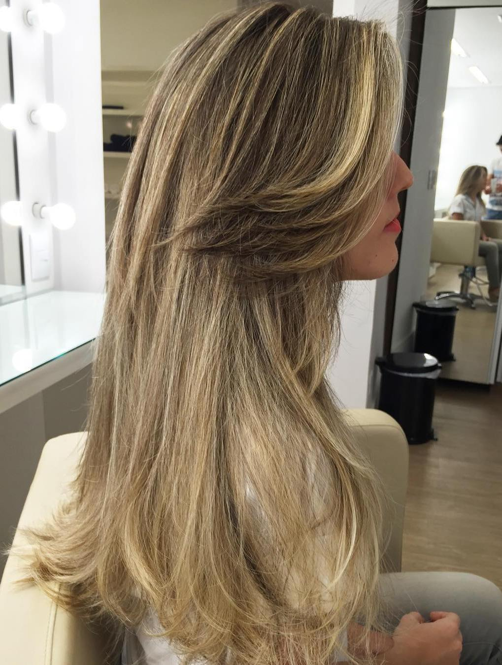 14 long bronde hairstyle with side bangs