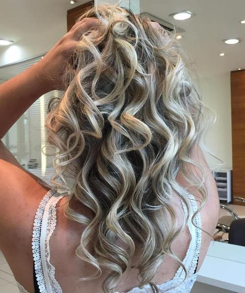 45 Classy Hairstyles For Long Blonde Hair Page 16