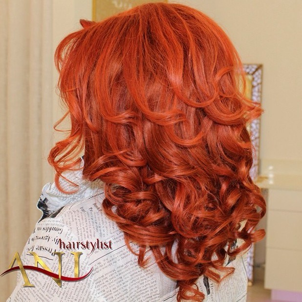 16 medium red curly hairstyle