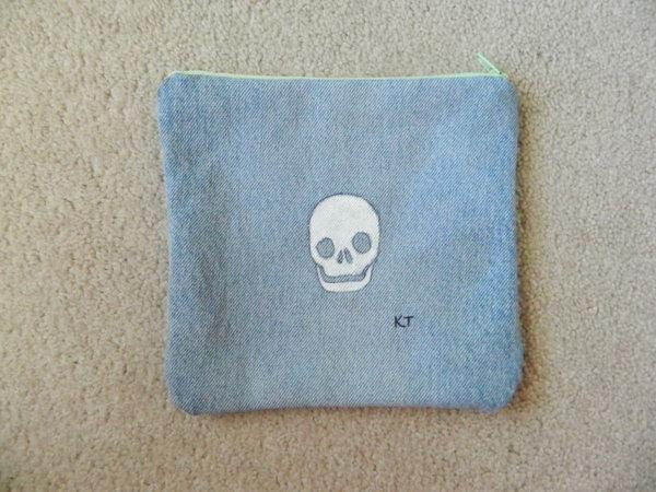 19 DIY Skull Patterned Denim Pencil Case