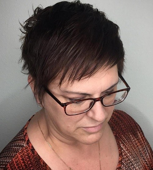 21 over 50 pixie hairstyle for thin hair