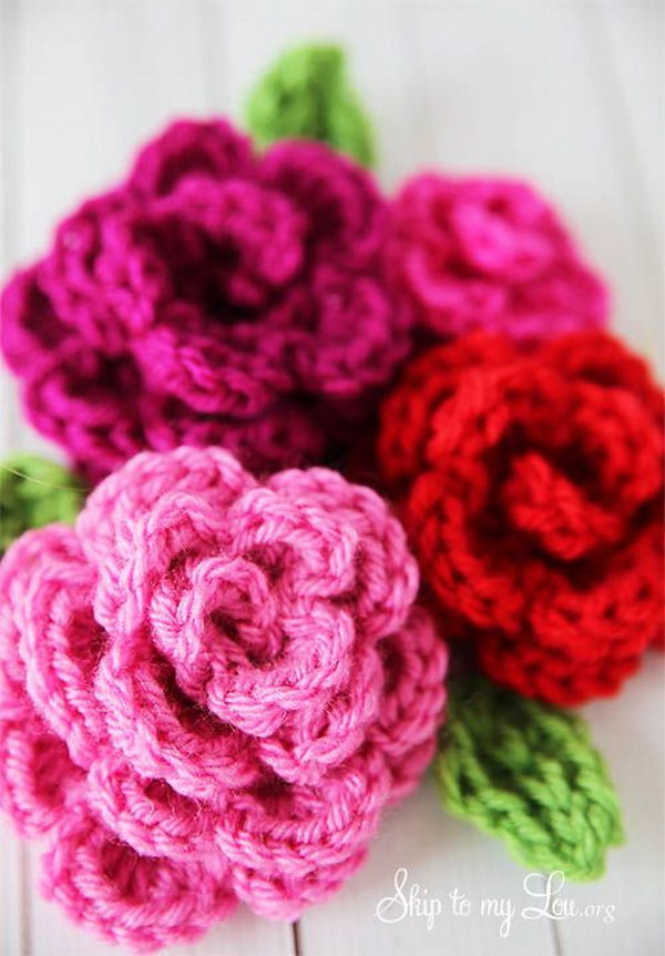 22 Beautiful Crochet Roses