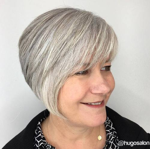 22 gray layered bob for women over 50