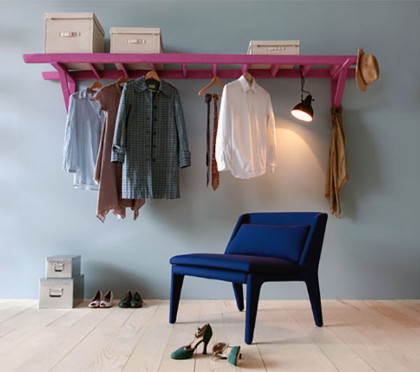 23 Trasform the Old Ladder into Clothes Rack