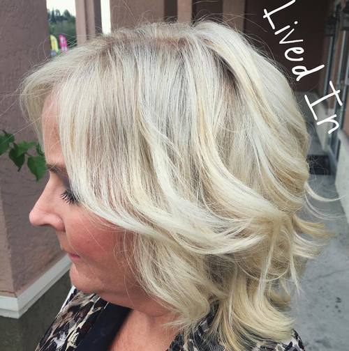 27 medium blonde hairstyle for women over 50