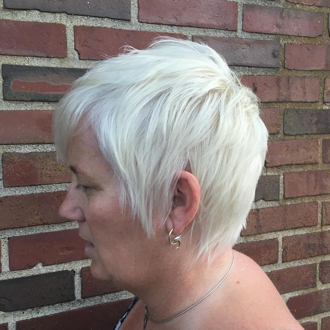 80 Classy And Simple Short Hairstyles For Women Over 50 Page 28