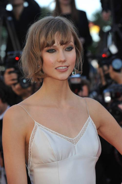 29 light frosted brown of karlie kloss