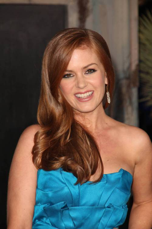 32 isla fisher tender honey shade of brown hair