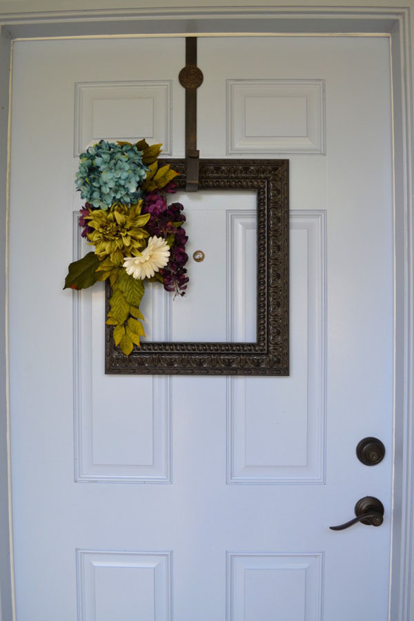 39 Picture Frame Wreath