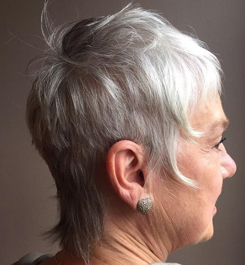80 Classy and Simple Short Hairstyles for Women over 50 – Page 44 ...