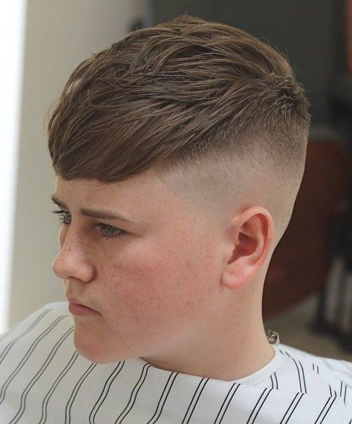 44 reverse layered cut with a high fade