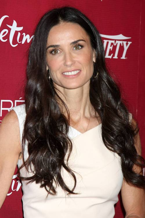 49-demi-moore-very-dark-chocolate-hair-color