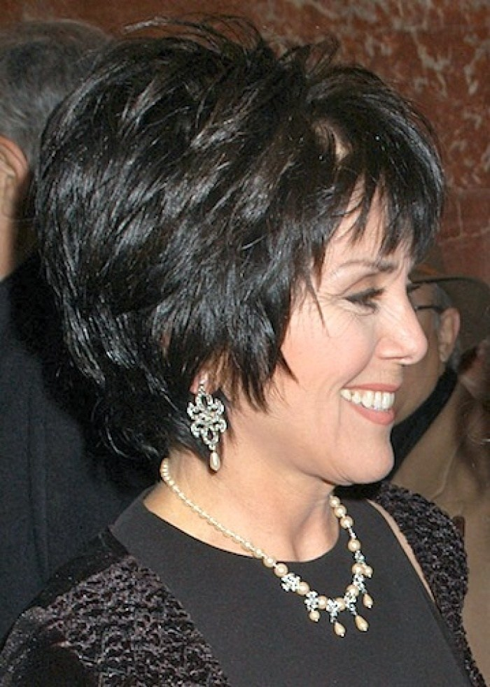 80 Classy and Simple Short Hairstyles for Women over 50 – Page 64 ...