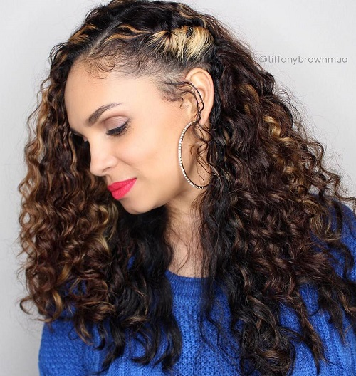 3 side pinned long curly hairstyle