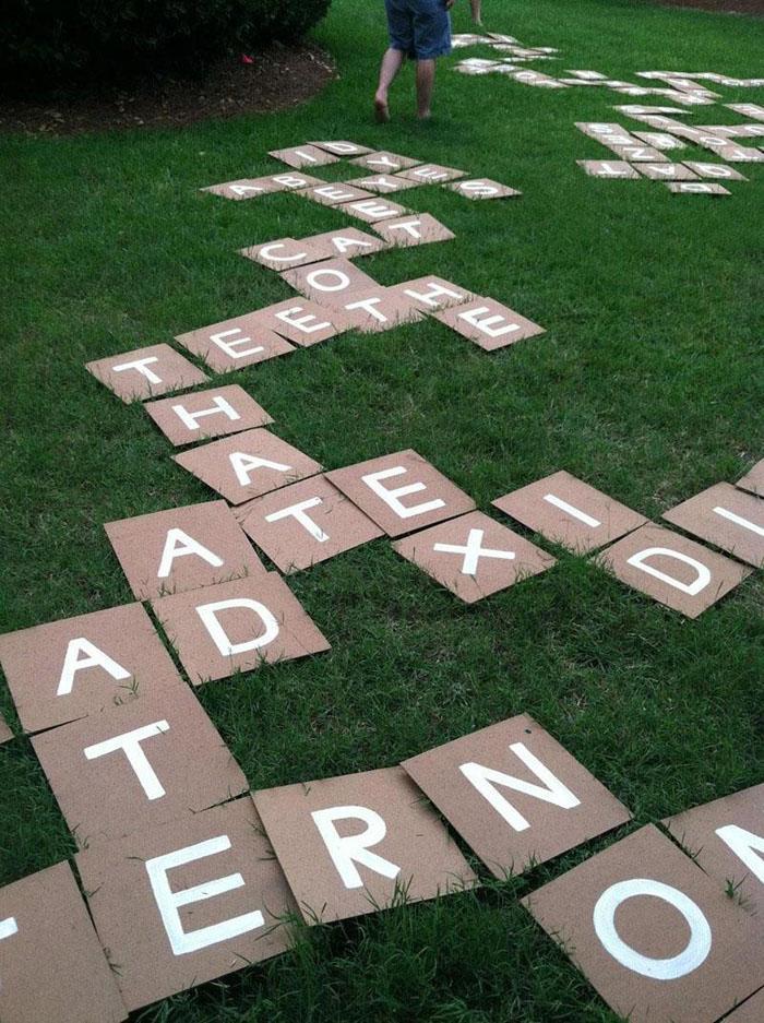 33 Gigantic Lawn Scrabble