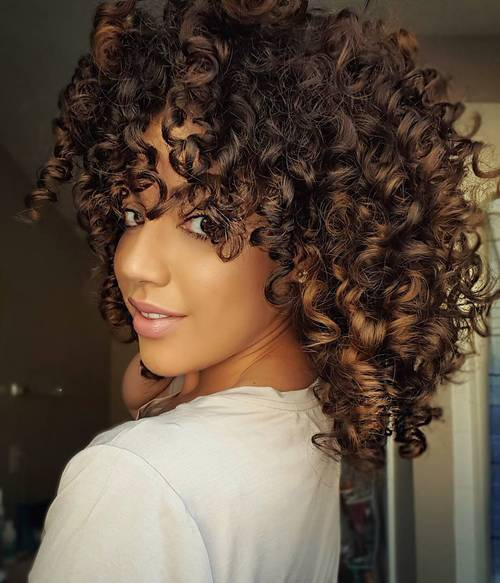 8 medium natural curly hairstyle