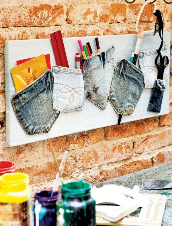 11 Jean Pocket Memo Board