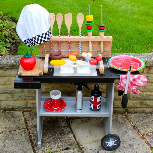 16 DIY Play Kitchen Perfect for BBQ