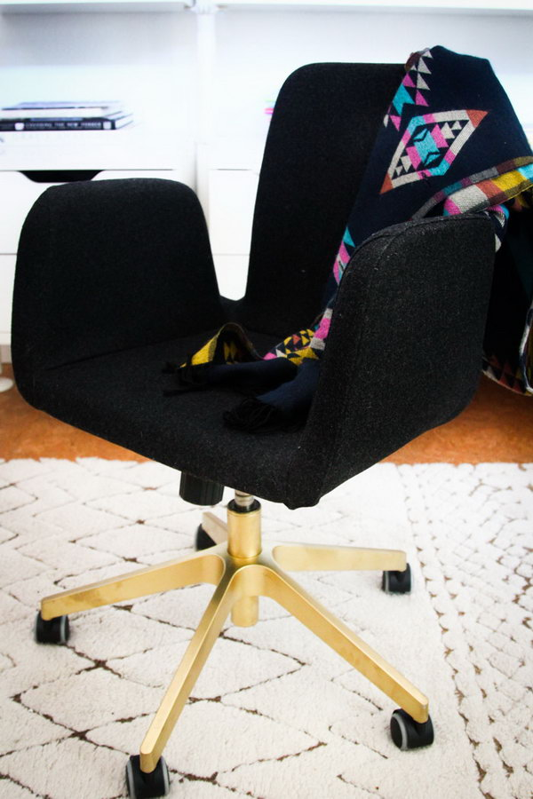 17 Office Seating Hack