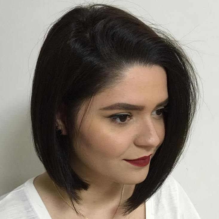 18 angled side part bob for straight hair