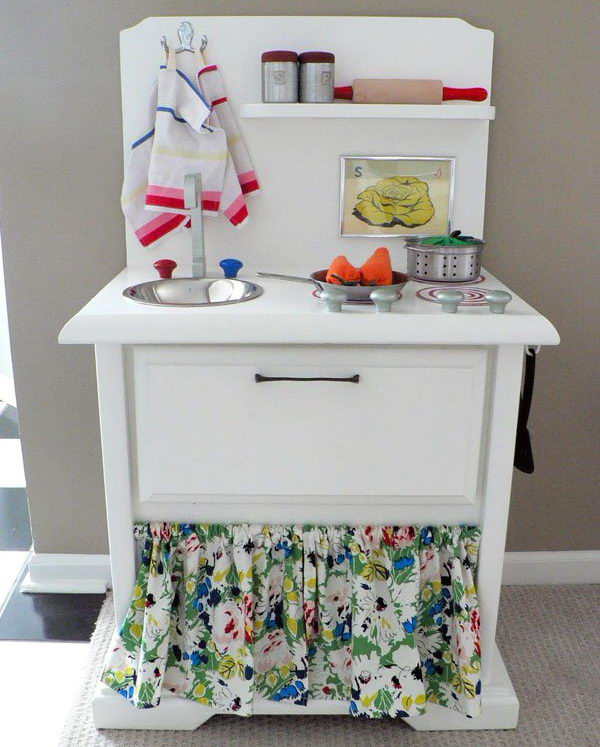2 DIY Cute Play Kitchen