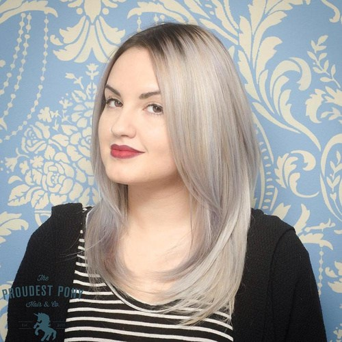 2 medium ash blonde layered hairstyle