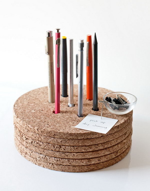 20 Cork Pencil Holder