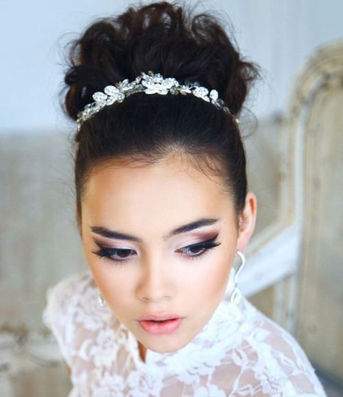 7 chic whimsical bun