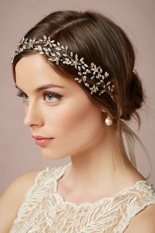 8 easy wedding hairstyle for medium hair that looks cool