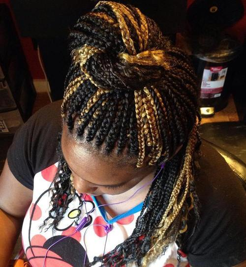 10 half up bun for highlighted box braids