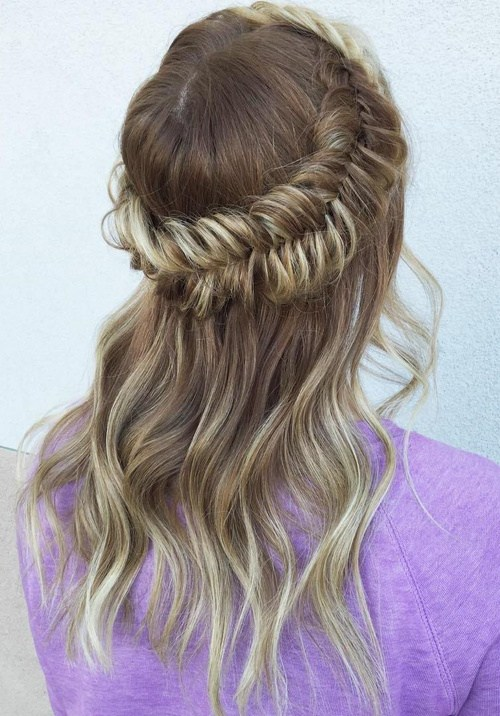 13 fishtail half updo for thin hair