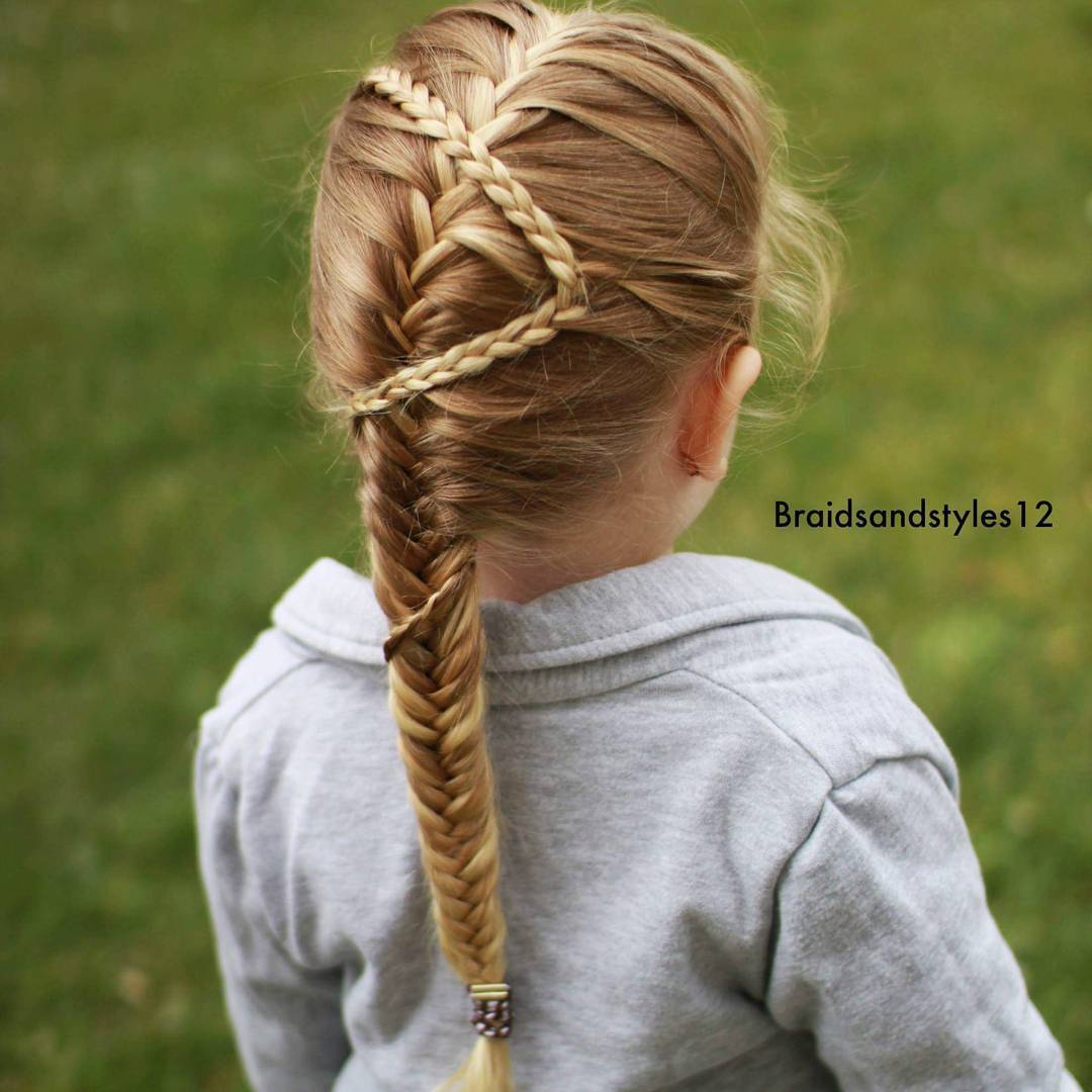 13 little girls fishtail hairstyle