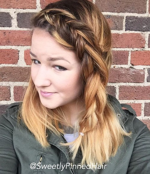 28 simple hairstyle with a side fishtail braid