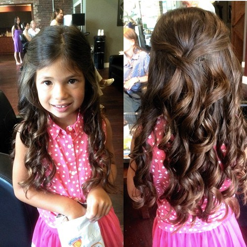 31 long wavy hairstyle for little girls