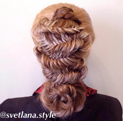 32 fancy fishtail hairstyle with braided flower