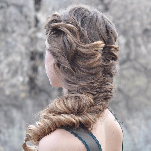 36 loose chunky fishtail braid hairstyle