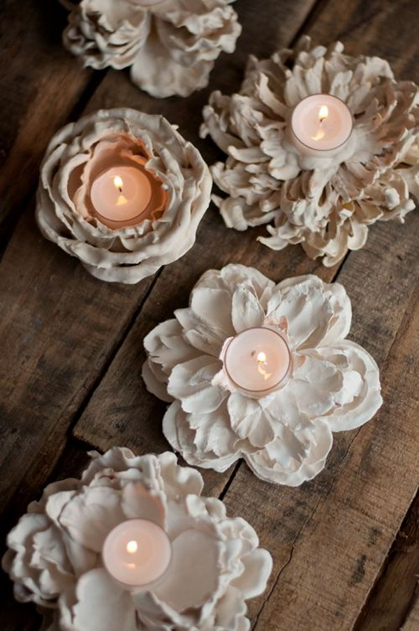 1 DIY Romantic Plaster Dipped Flower Votives