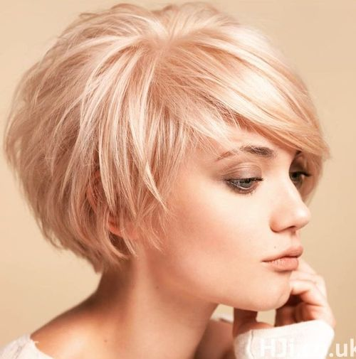1 short tousled blonde bob