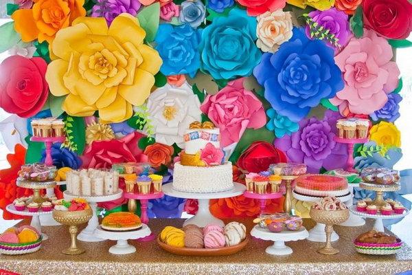 10 Fancy Fiesta Dessert Display