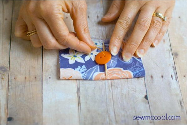 10 The Secret Of How To Sew Buttons By Hand