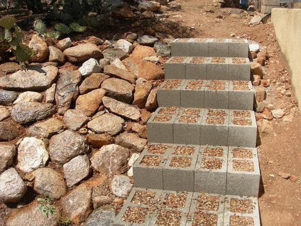 11 Concrete Block Outdoor Stairs
