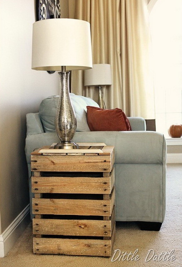 14 Rustic Nightstand Made from Wooden Pallets