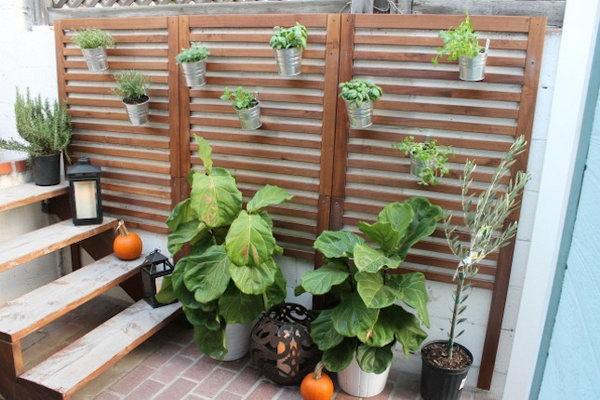 14 Vertical Patio Garden