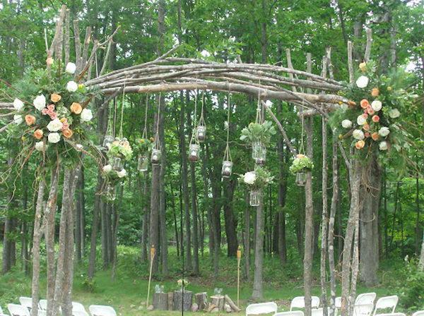 15 Mason Jars Wedding Arch