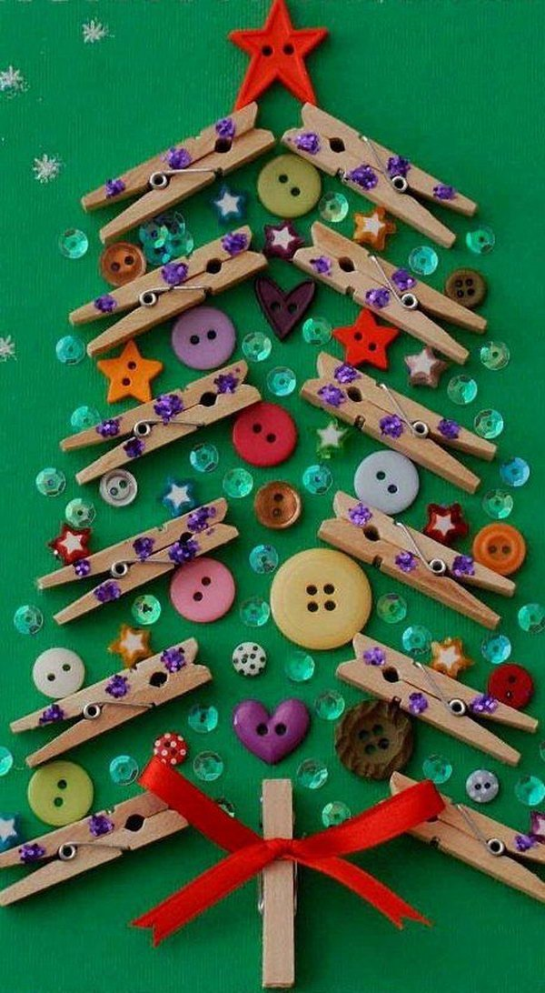 16 Christmas Tree from Clothespins and Buttons