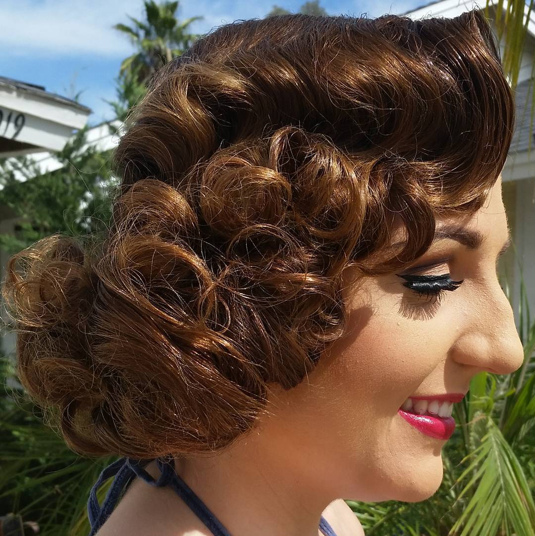 16 vintage curly bob hairstyle
