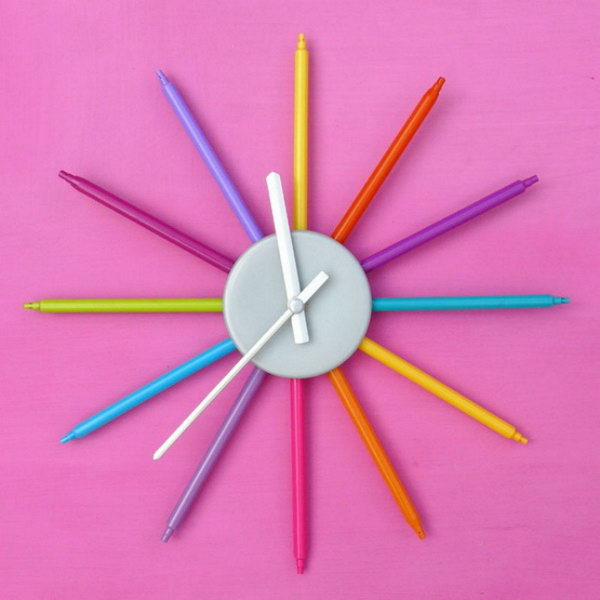 20 Color Markers Wall Clock